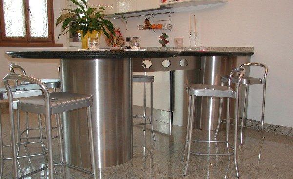 Arredamento Bar Friuli Venezia Giulia.Cancelli Balaustre E Arredi In Acciaio A Collerumiz Realizzati Da